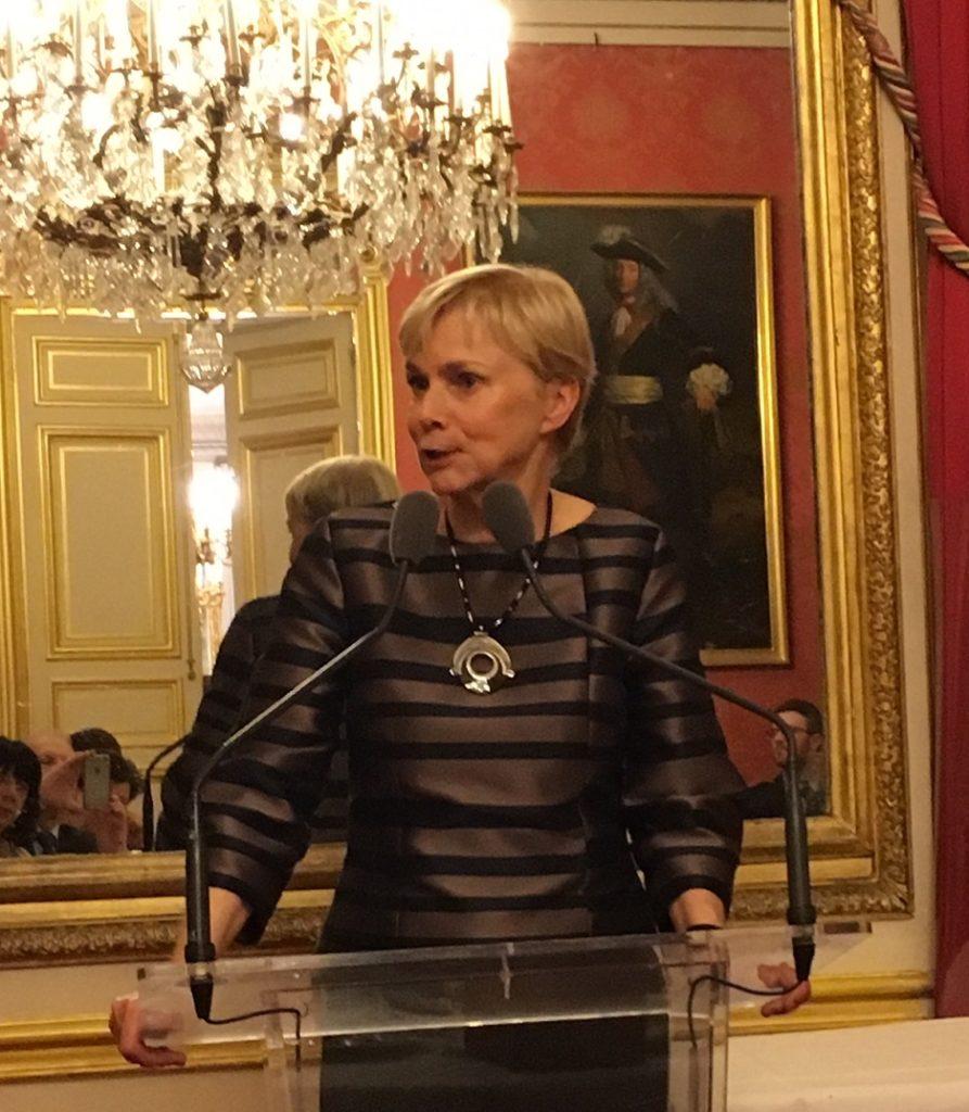 Madame Fabienne REUTER