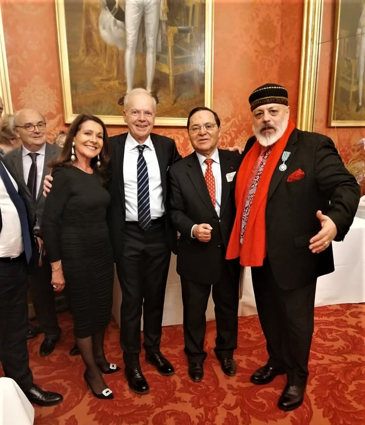 Pablo Poblete, M. Tawil, Alban Bogeat, Mme Giraudon